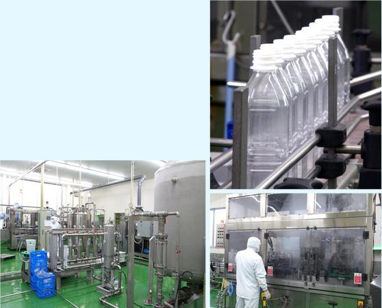 【ペットボトルの作業工程】汲み上げ、殺菌処理、充填、ラベリング、箱詰めまですべて人の手を触れることなく行われています。